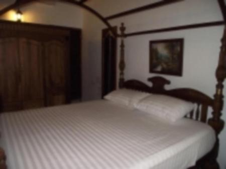 Villa for 6 - Guestroom Rifkys Galle Fort Residence