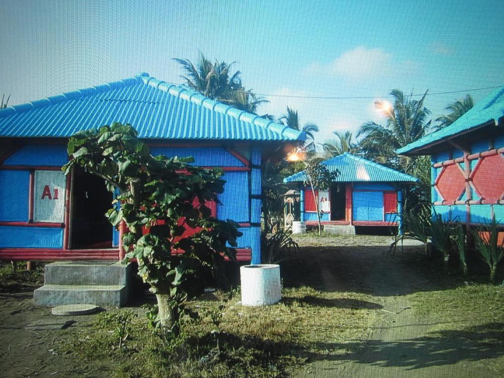 Exterior view Tepi Laut Cottage
