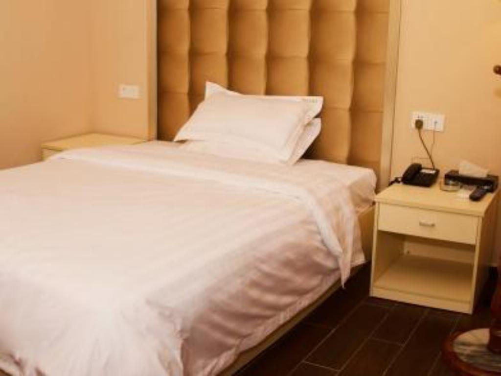 Standard Single Room - Bed You Pin Resort Hotel