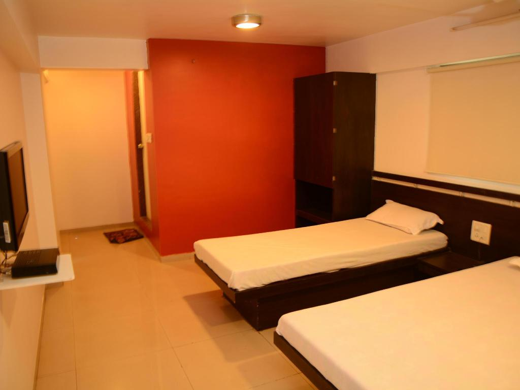 Interior view Hotel Palms Residency