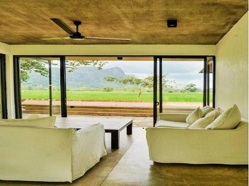 Bungalow Suite with King Bed - View from inside Kalundewa Retreat