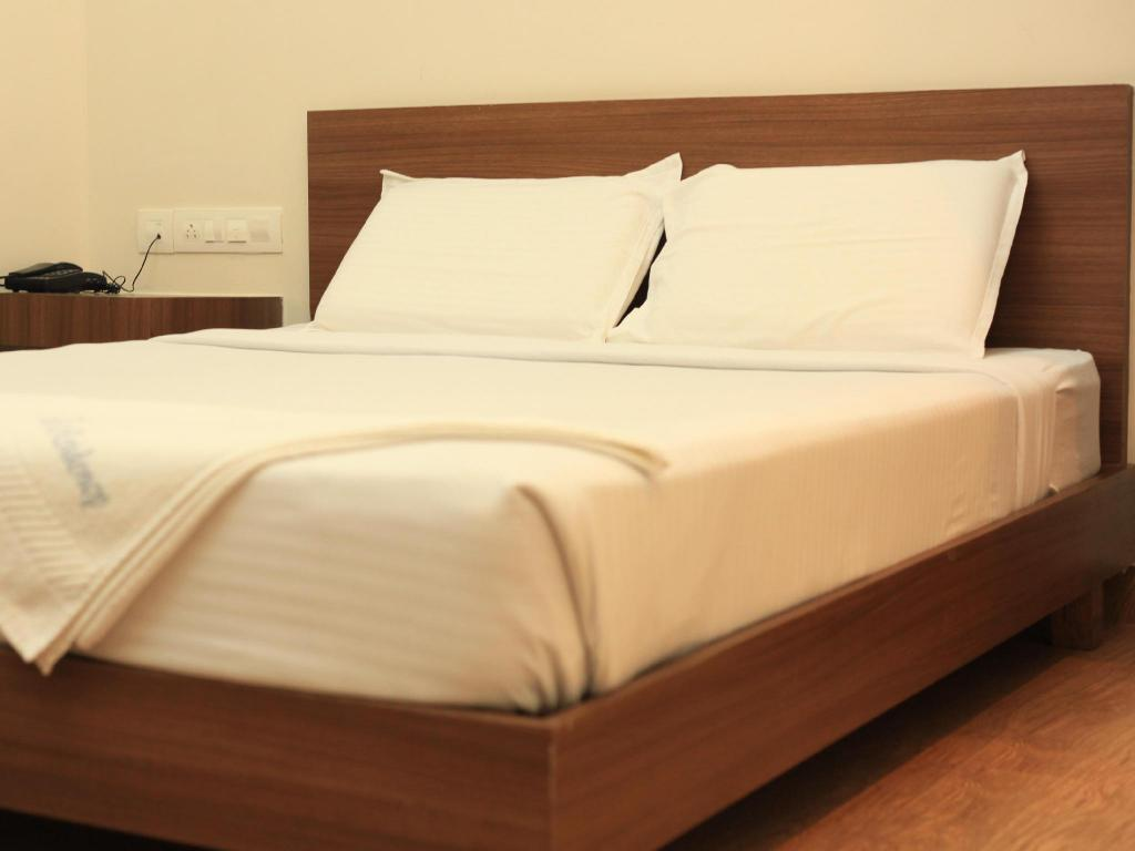 Double Room - Bed Hotel Pearl Residency