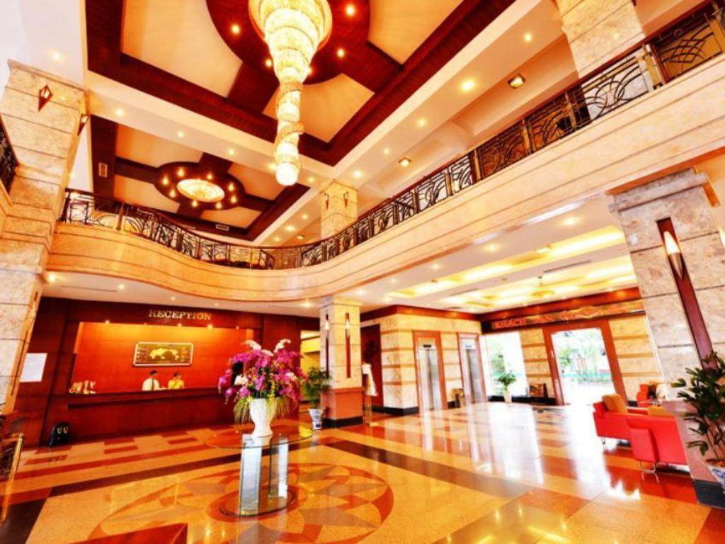 Vestabils Grand Ha Long Hotel