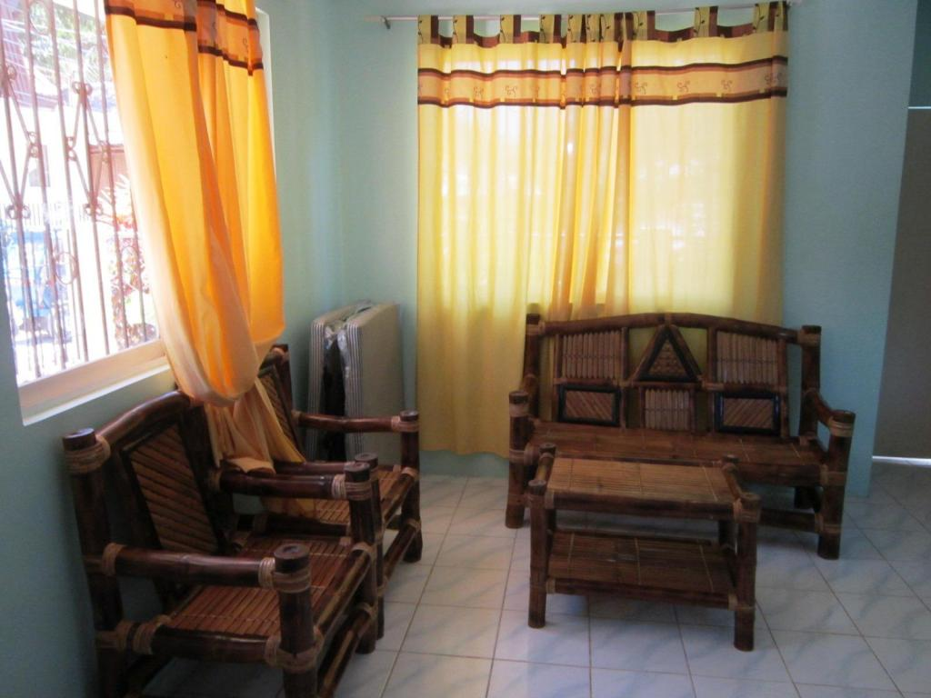 Interior view Boracay Guest House Diniwid
