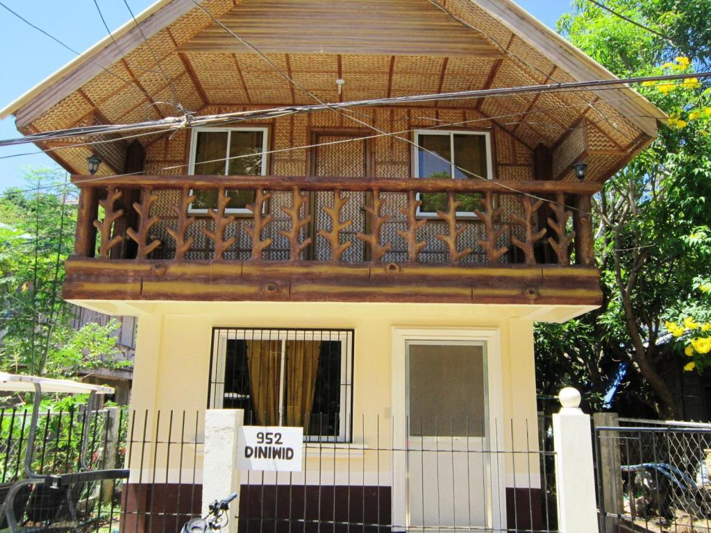 More about Boracay Guest House Diniwid