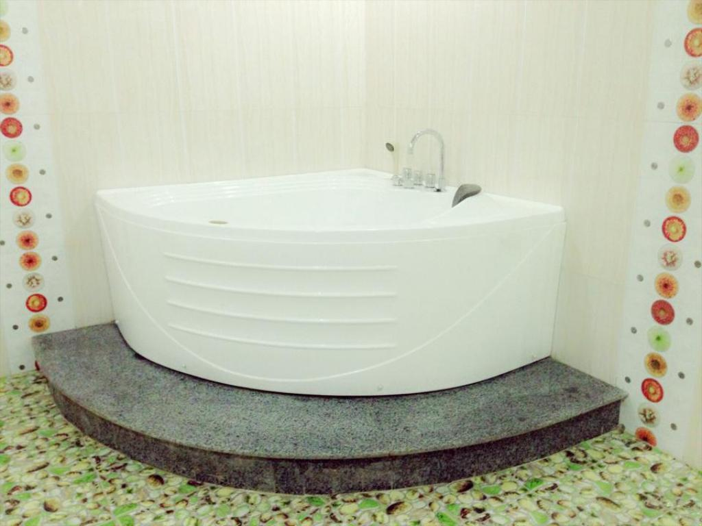 Bathroom Van Ha Hotel