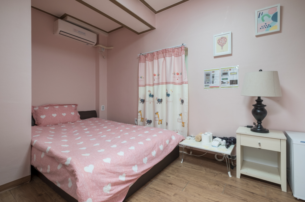 Single Room Welcome Guesthouse Myeongdong