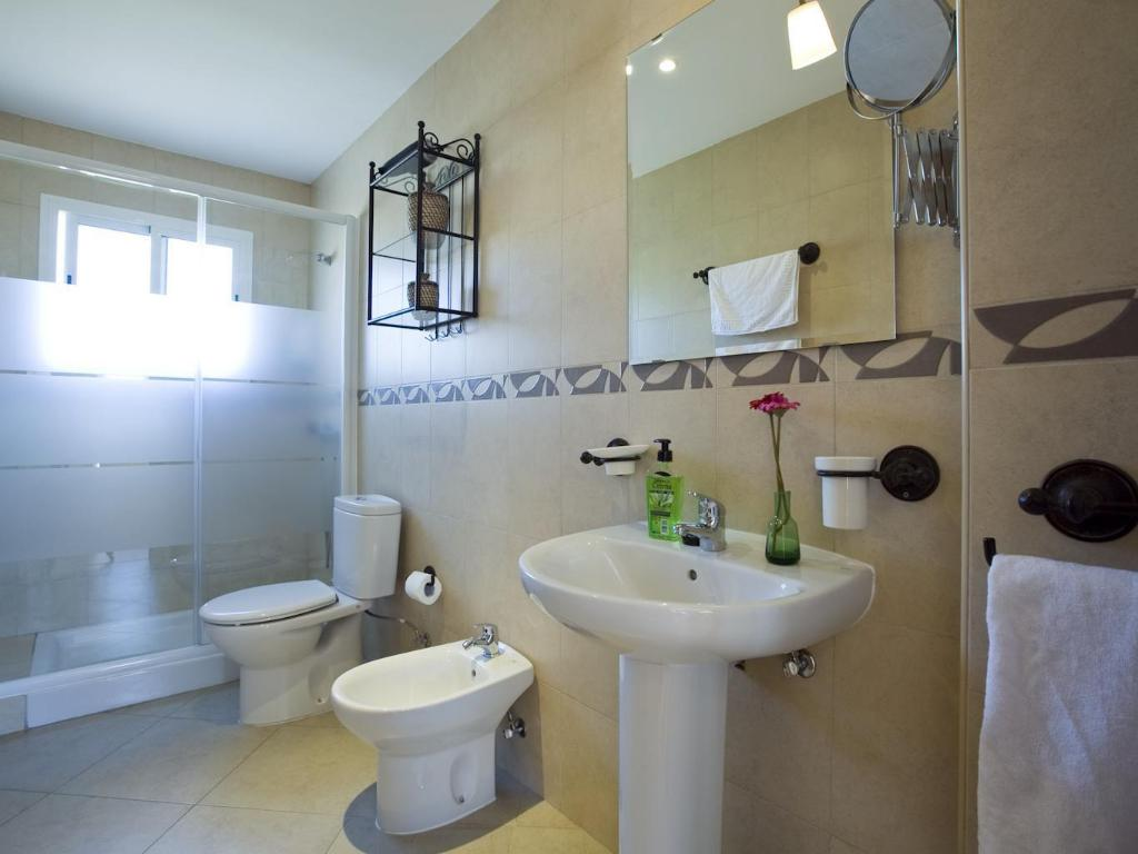 Bathroom Apartamentos Apr Numancia