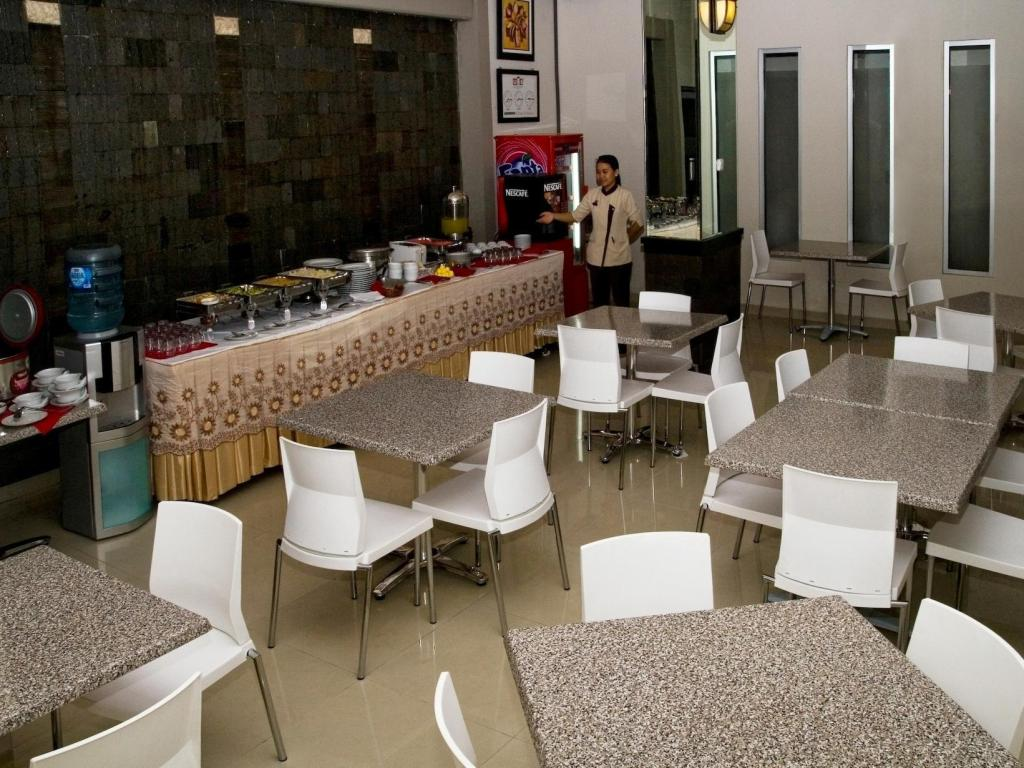Buffet Hotel Central Kudus