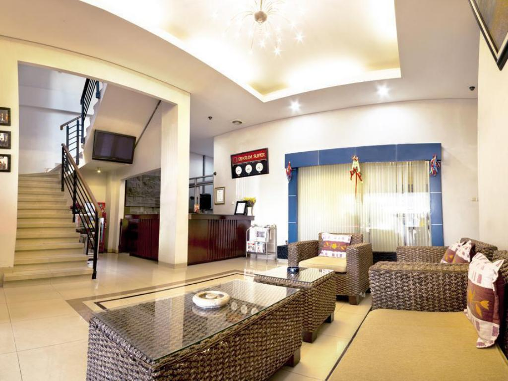 Lobby Hotel Central Kudus