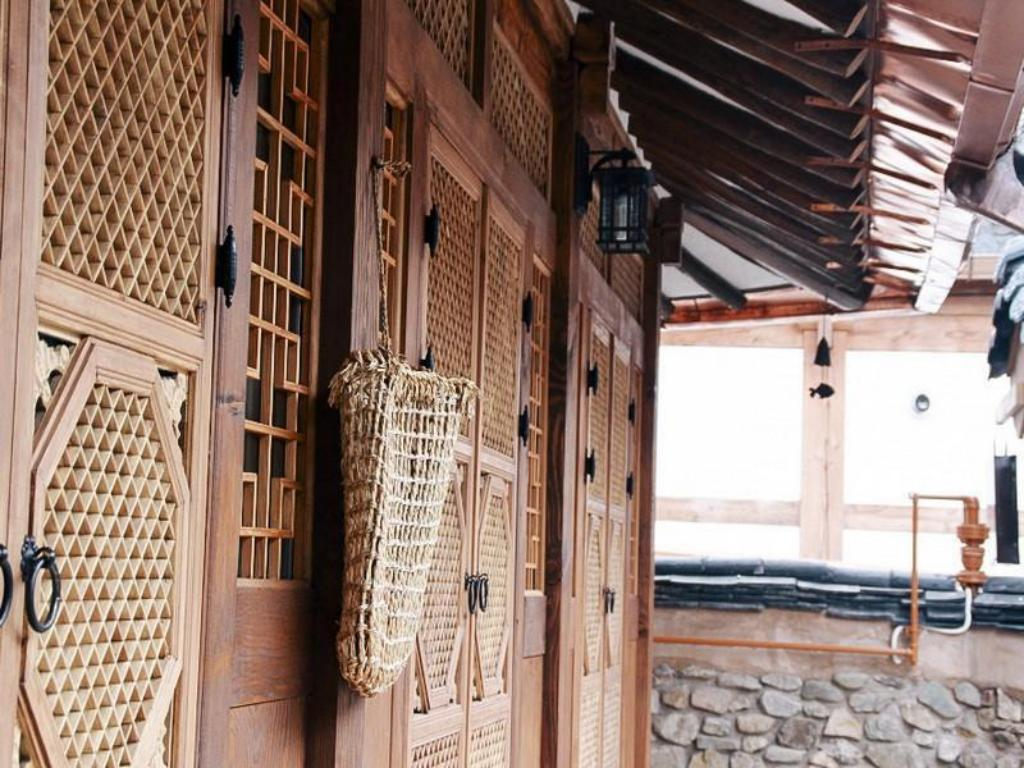 Interior view Daddle Hanok Guesthouse