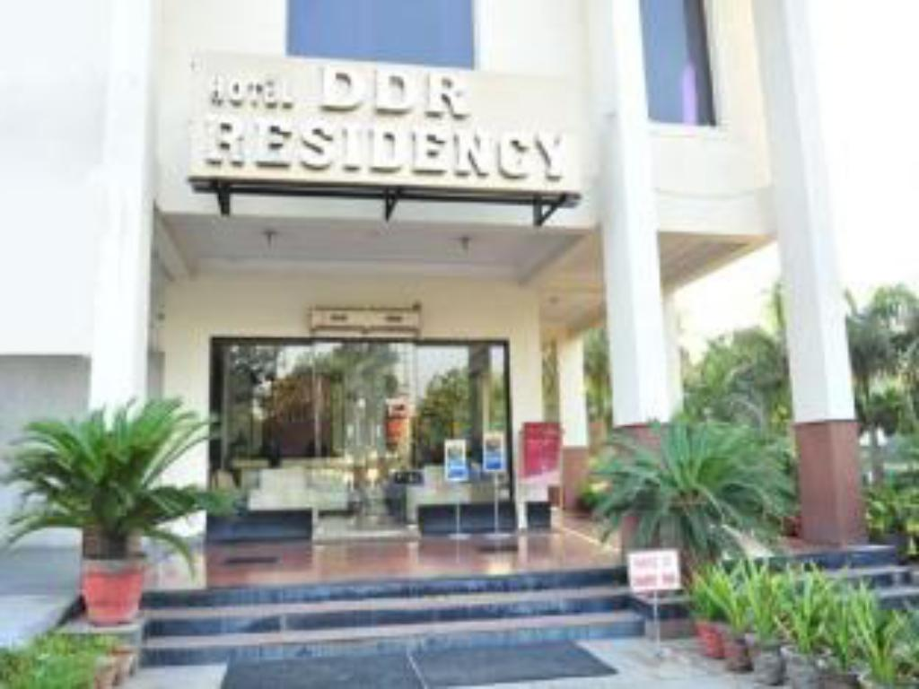 Exterior view Hotel DDR Residency