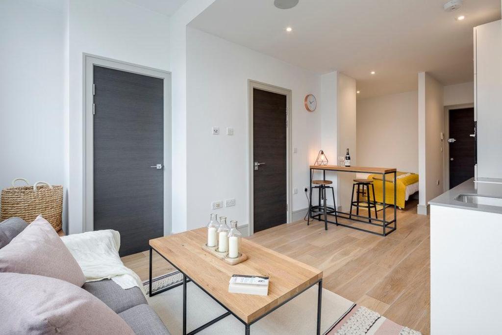 condado Persistente nativo  London City Apartments Entire apartment - Deals, Photos & Reviews