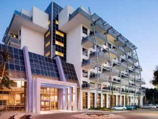 Kfar Maccabiah Hotel and Premium Suites