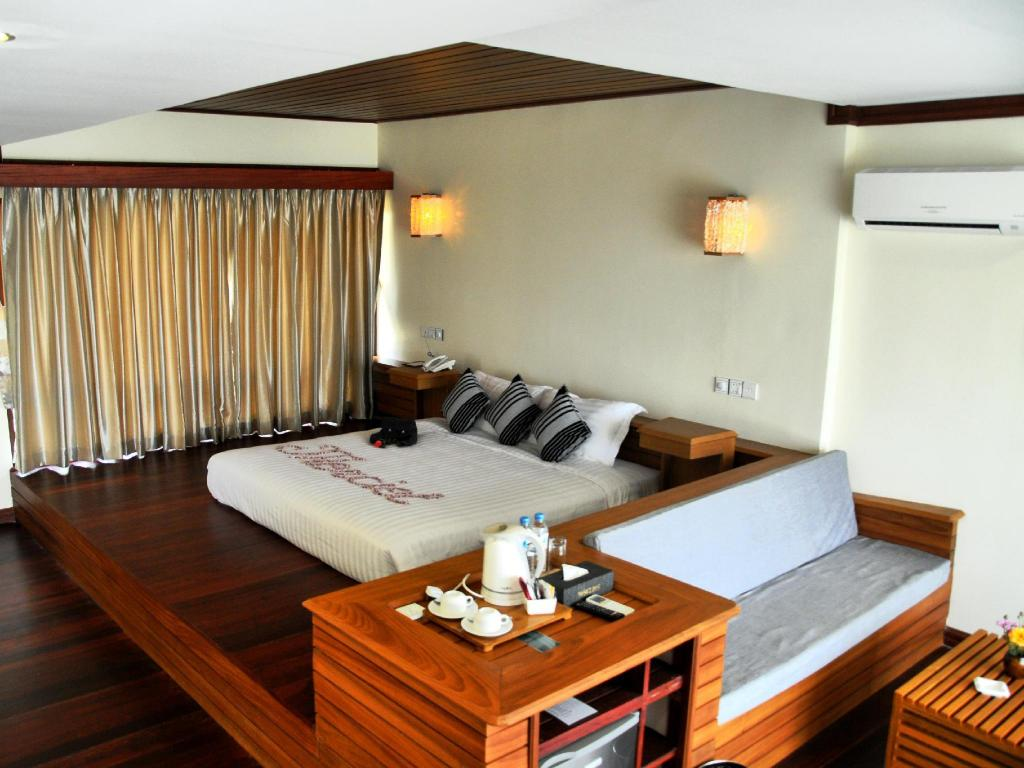 Interior view Merciel Retreat & Resort Ngapali