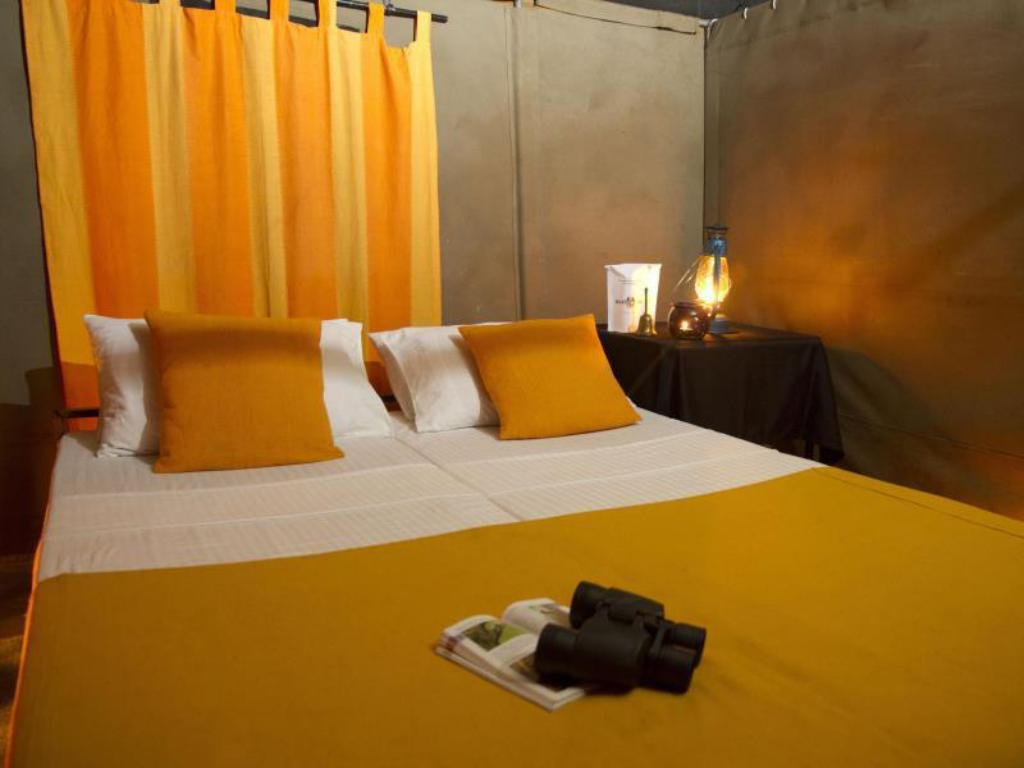 Mahoora Classic - All Inclusive - Bed Mahoora Tented Safari Camp - Knuckles