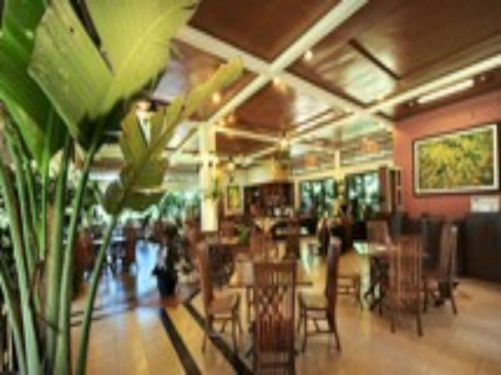 Interior view Sindang Reret Hotel and Resto Cikole