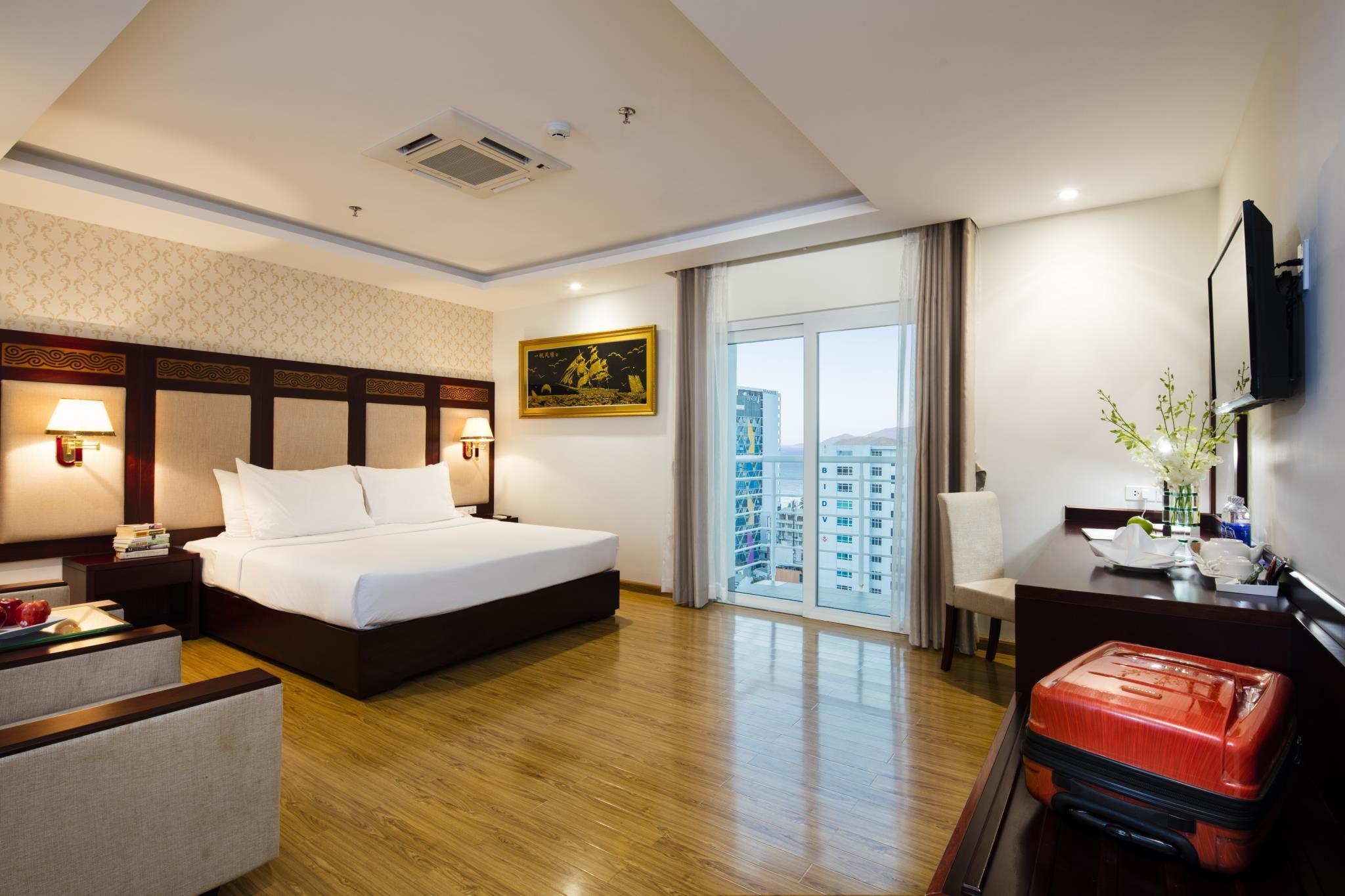 Deluxe Katil Double Pemandangan Bandar Senior (Senior Deluxe City View Double Bed)