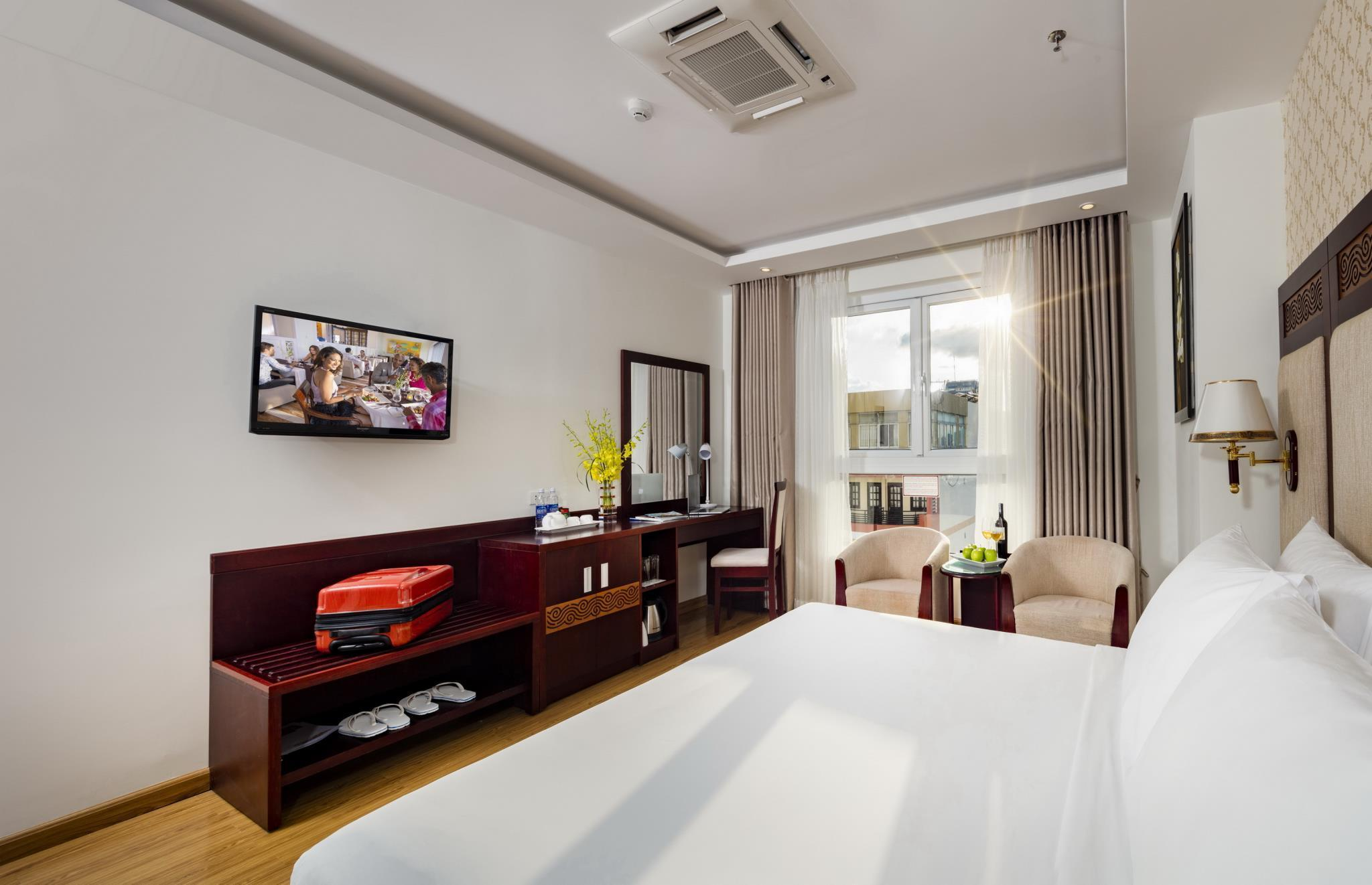 Deluxe Pemandangan Bandar Katil Double (Deluxe City View Double Bed)