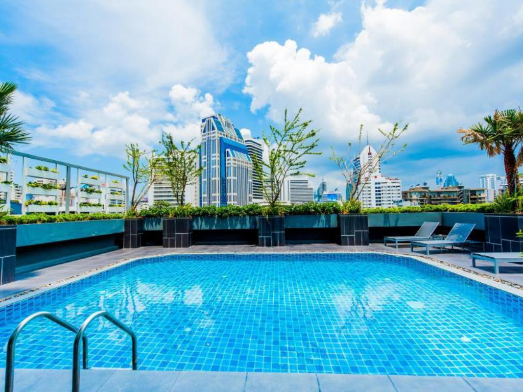 utomhuspool Grand Swiss Sukhumvit 11 by Compass Hospitality