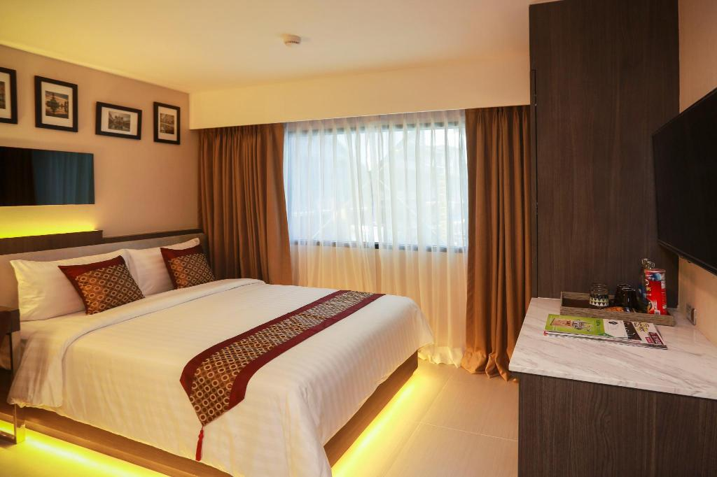 Superior Grand Swiss Sukhumvit 11 by Compass Hospitality