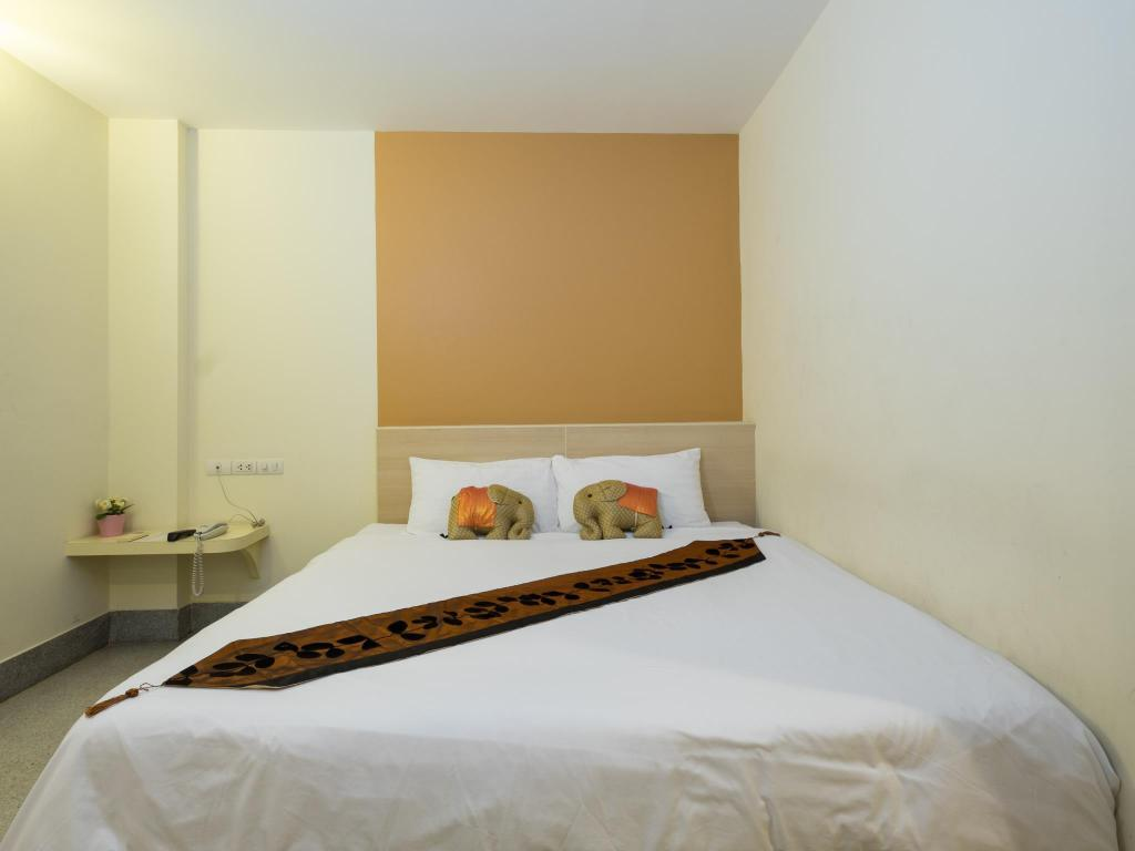 Superior Double or Twin Room - Bed New Suanmali Hotel