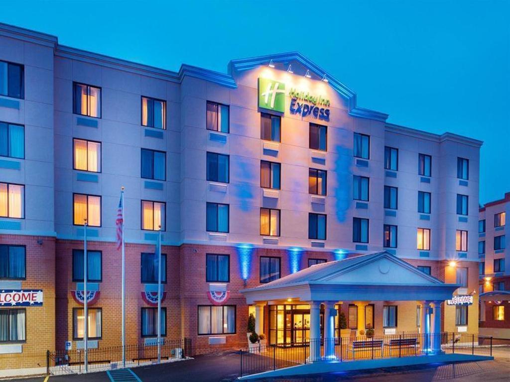 Holiday Inn Staten Island In New York Ny Room Deals