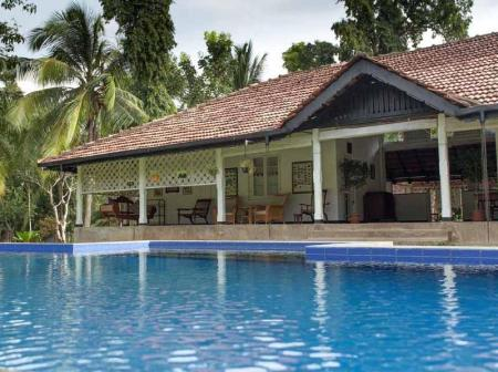 Littlemore bungalow in kurunegala room deals photos - Bungalows with swimming pool in sri lanka ...