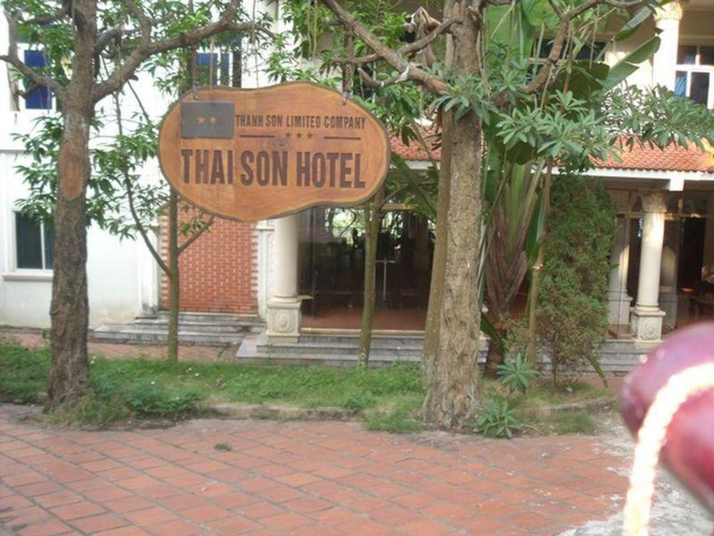 More about Thai Son Hotel