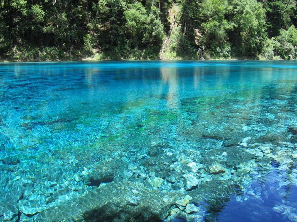 Nearby attraction Jiuzhaigou Fengqing Holiday Hotel