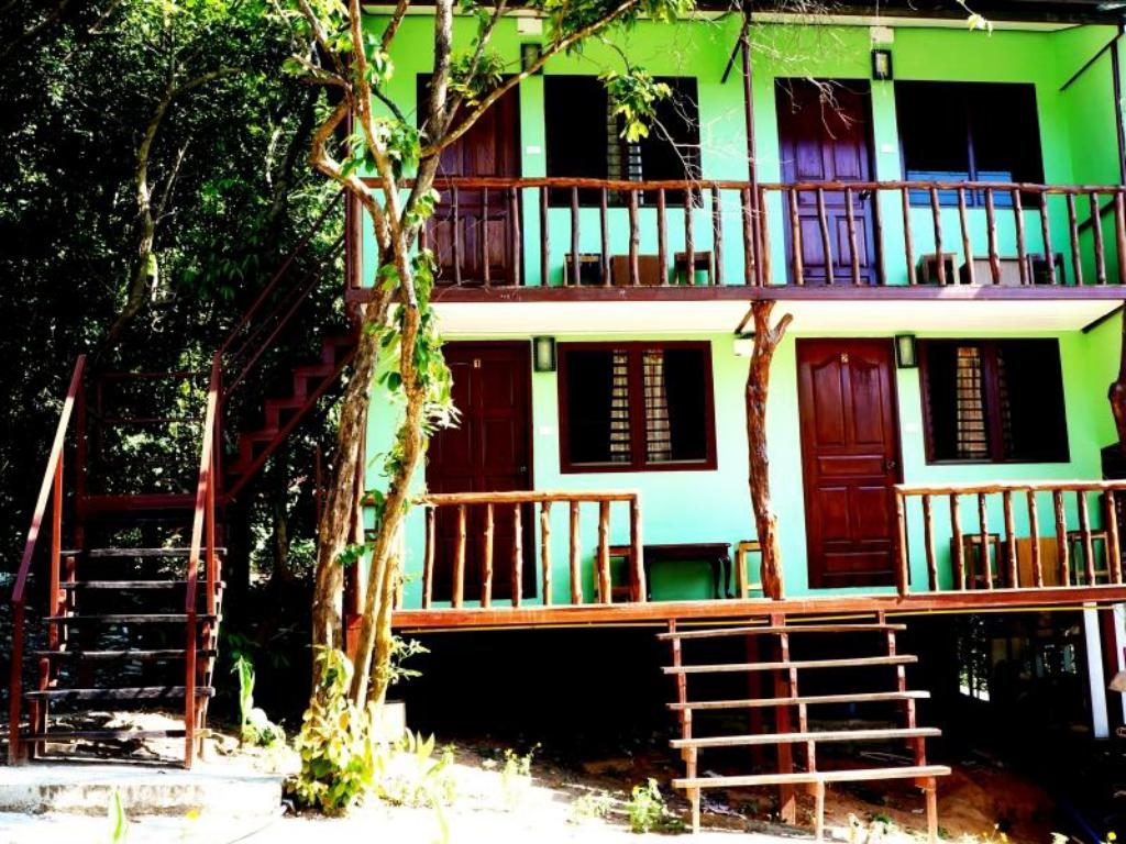See all 34 photos Phi Phi Jungle Hill Bungalow