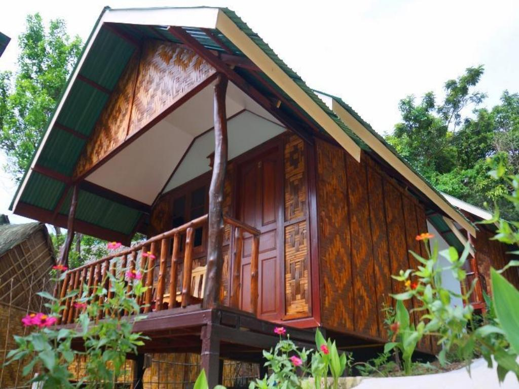 皮皮雨林山地小屋 (Phi Phi Jungle Hill Bungalow)