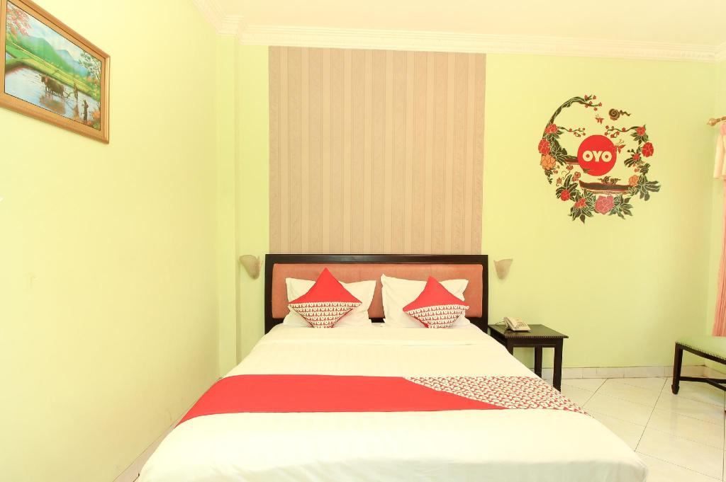 Kamar Standard Double - Pemandangan Hotel Global Inn