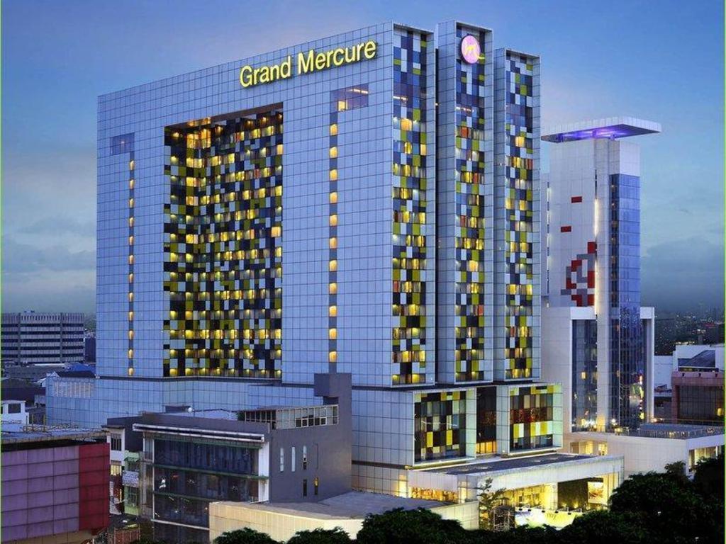 Grand Mercure Jakarta Harmoni Hotel In Indonesia Room Deals Photos Reviews