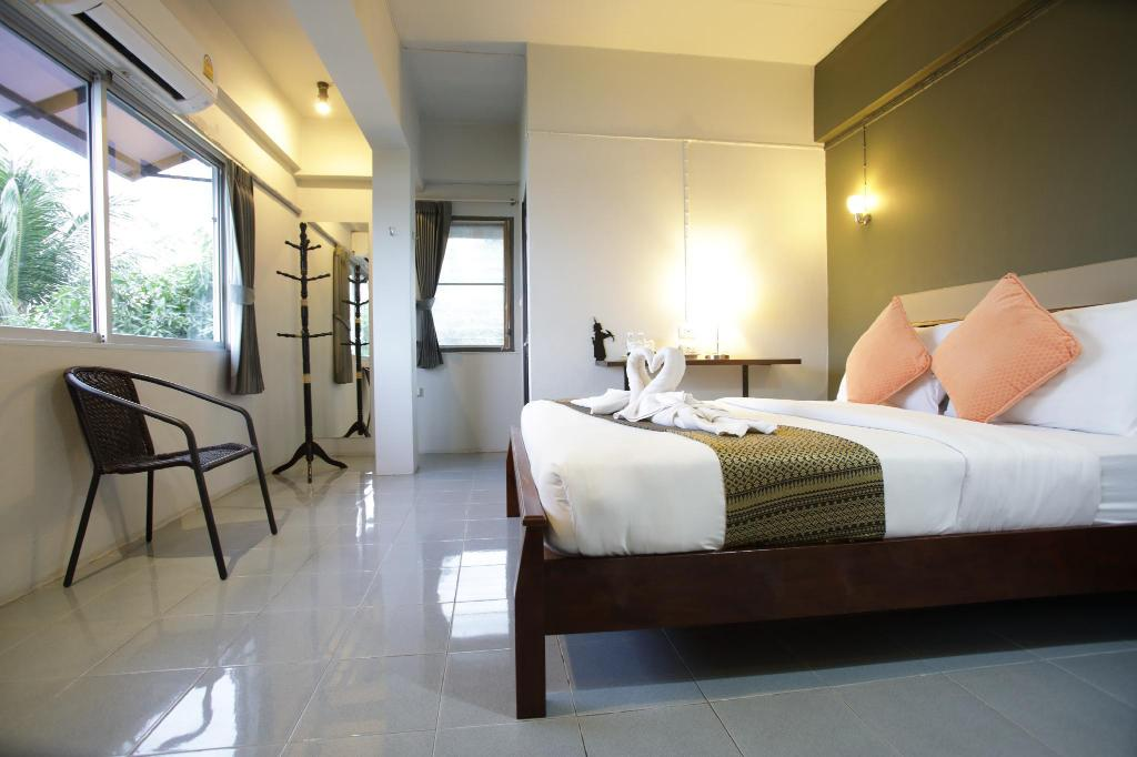 Deluxe - Bed Rooms at Krabi Guest House