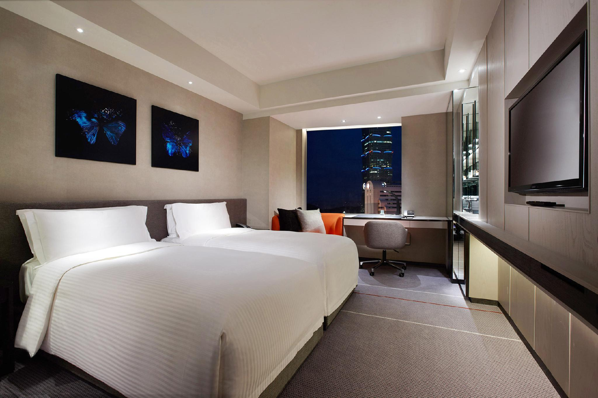 Grand Deluxe Room with 2 Single Beds
