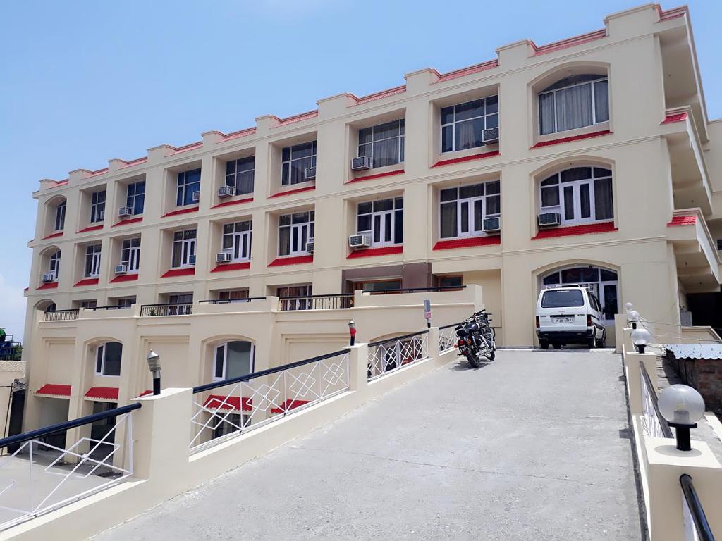 Book Hotel Nek Katra in Katra (Jammu and Kashmir), India - 2018 Promos bbdb4557a0
