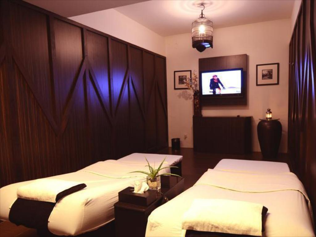 See all 6 photos Beijing Boutique Hotel Room