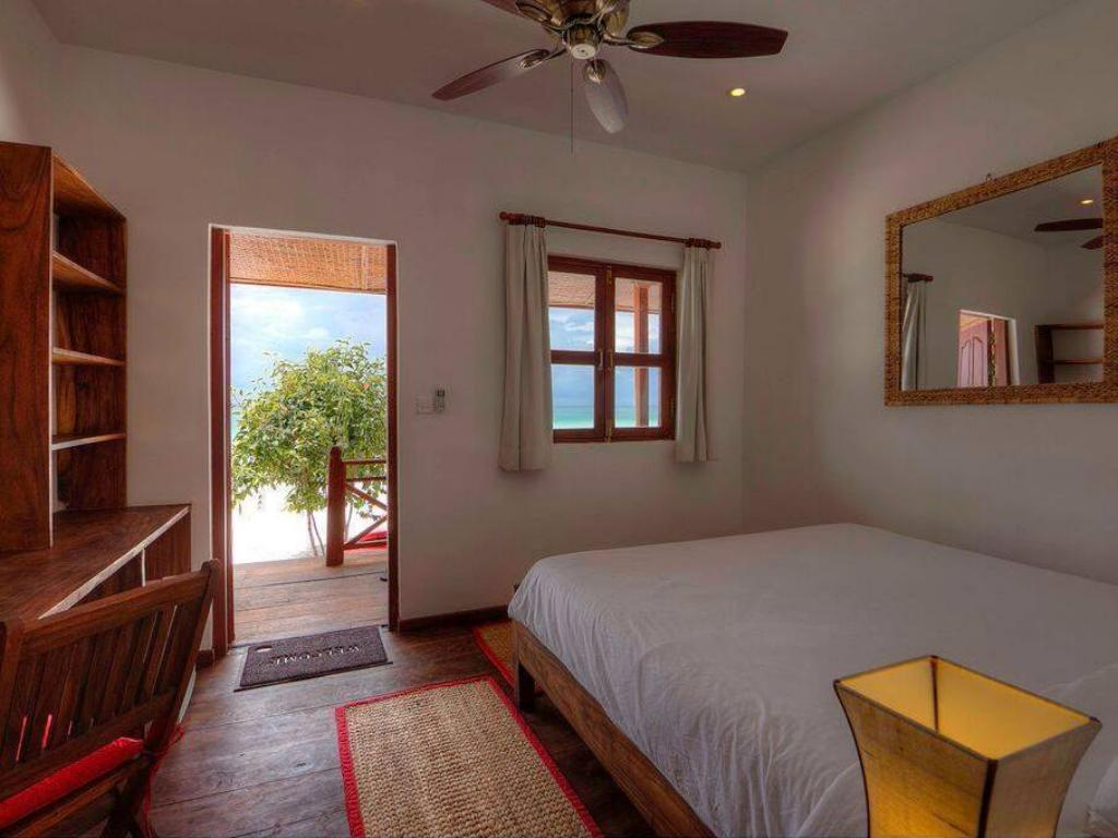 Deluxe Double Room with Sea View - Room plan Sok San Beach Resort