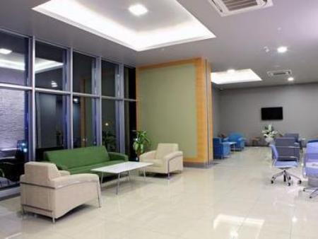 Lobby Holiday Inn Express Manisa-West