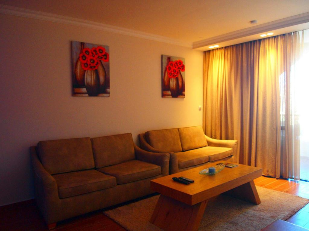 Luxury  Apartment - Kamar Suite
