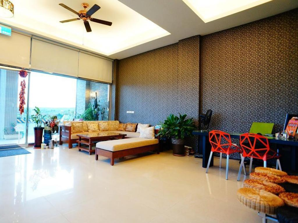Lobby Kenting Green Yard B & B