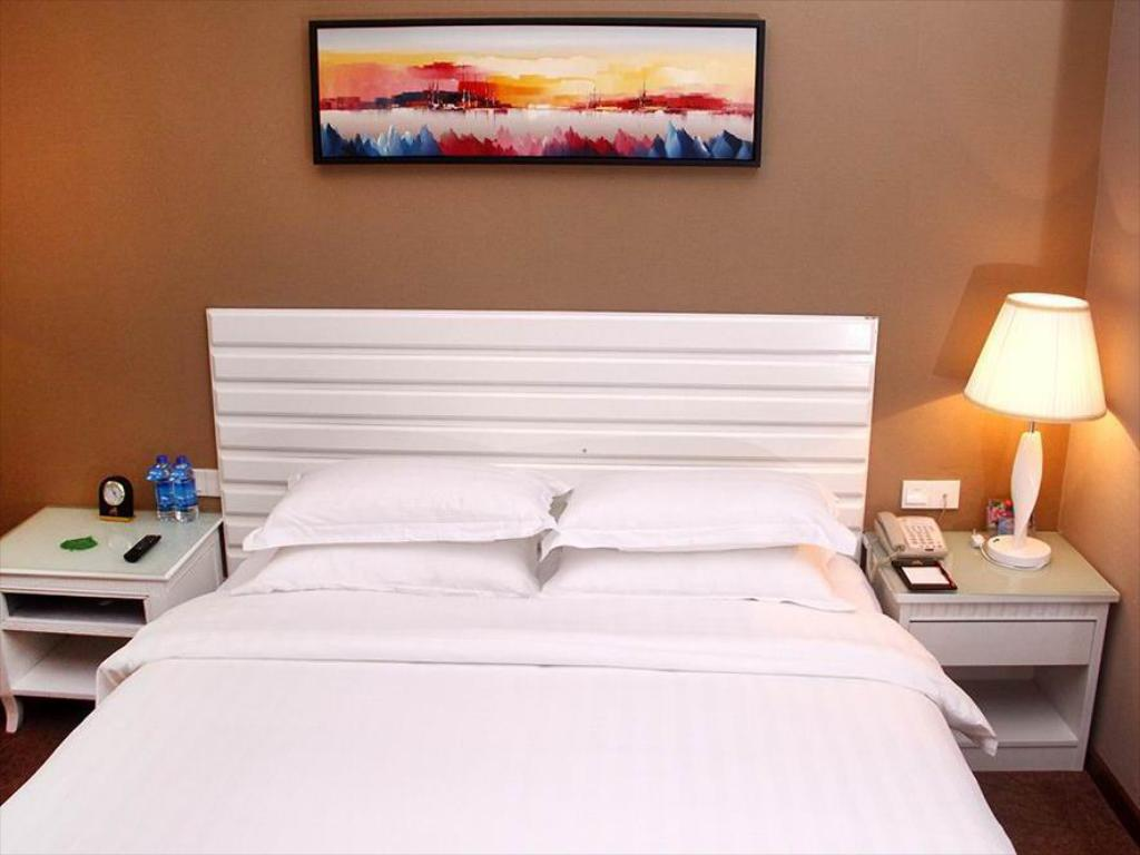 Superior Single Room - Bed Starr Hotel