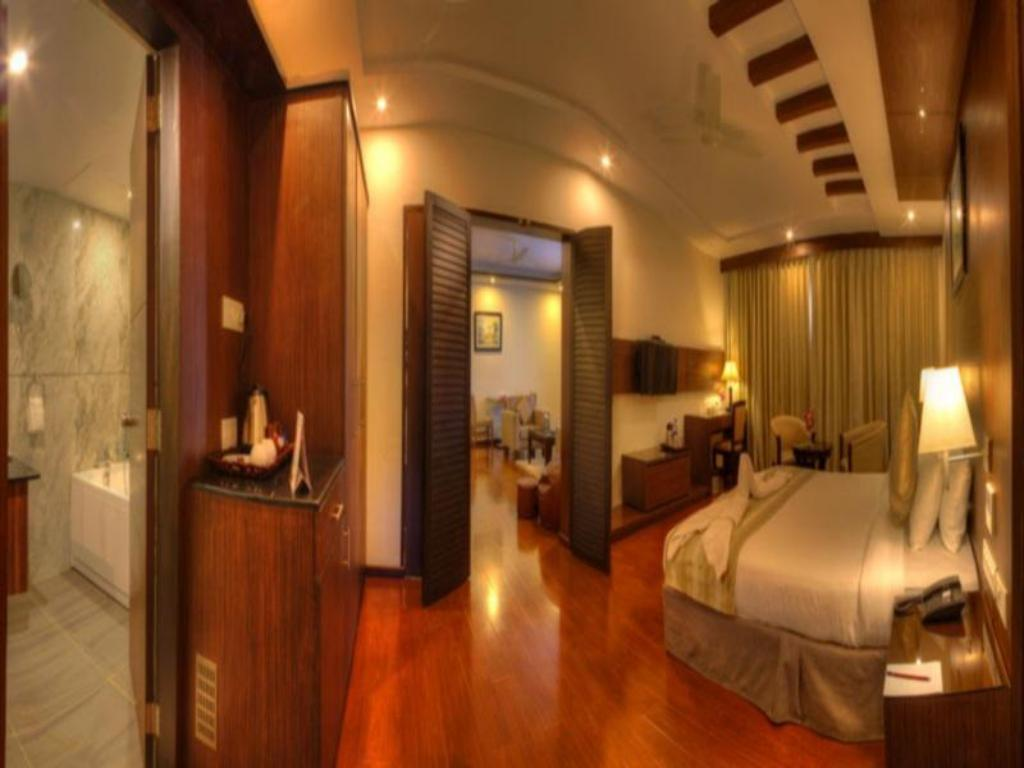 Hotel Le Ruchi The Prince in Mysore - Room Deals, Photos