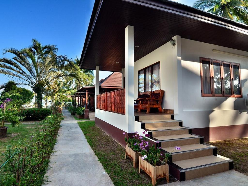 Deluxe - Villa/Bungalow I-Talay Resort