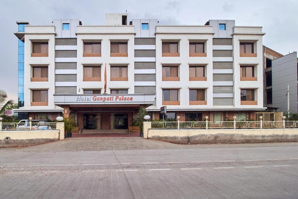 More about Hotel Ganpati Palace
