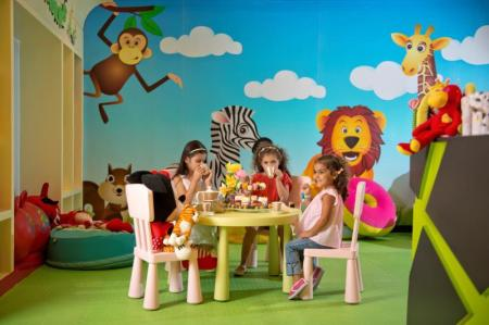 Kid's club DAMAC Maison Mall Street