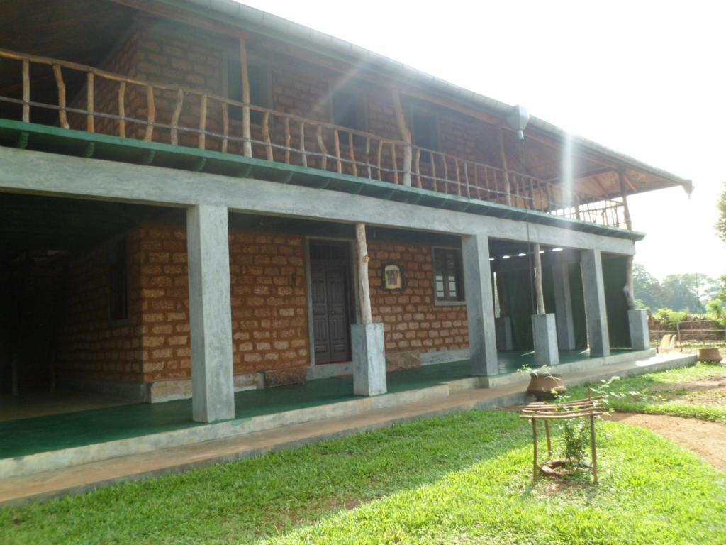 Queen of Elephant Lodge
