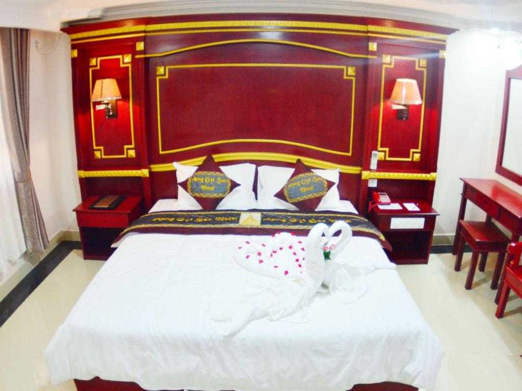 Deluxe - Bed Aung Gyi Soe Hotel