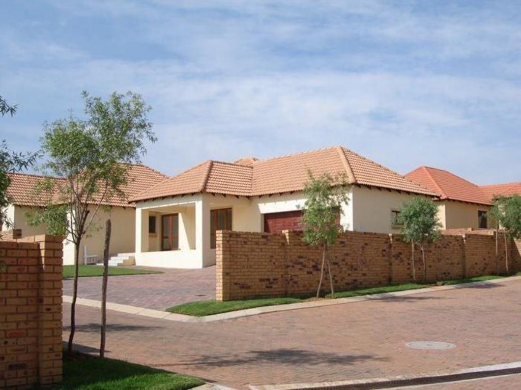 فيلا لاكشري (Luxury Villa)